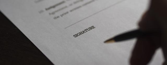 """Résultat de recherche d'images pour """"signature de contrat"""""""